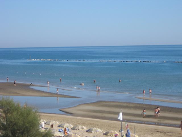 Tranquillo Mare di Marotta in una bella giornata diluglio…